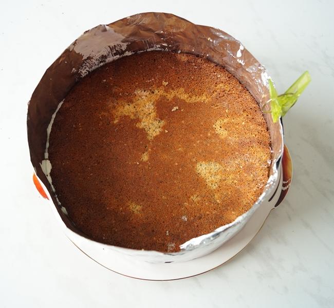 Торт с вареньем черничным вареньем